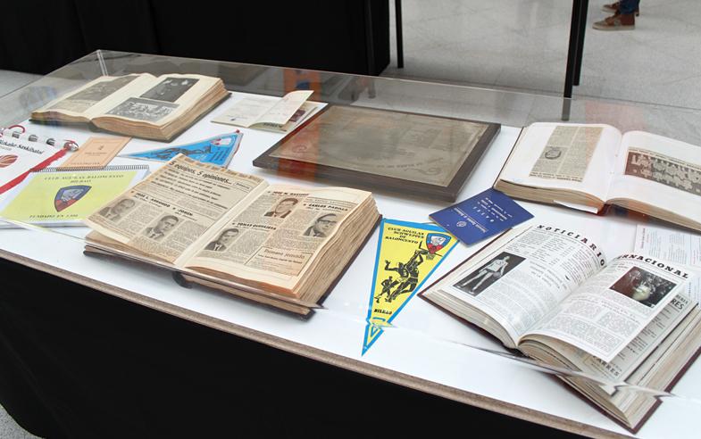 expo-libros
